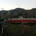 川と橋と山(夕方)